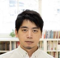 アートディレクター/チーフデザイナーの岡田琢磨
